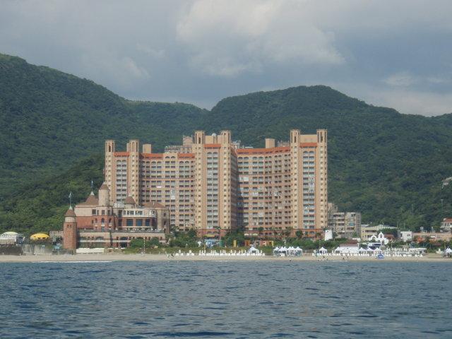 Hvězdobraní, neboli 摘星樓, náš tchajwanský domov ve Smaragdové zátoce (翡翠灣)