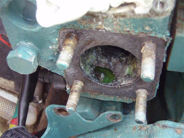 Hole in heat exchanger, Volvo Penta D1-30A